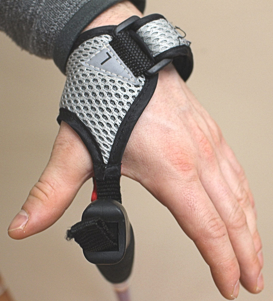 How to set up your poles wrist strap 1