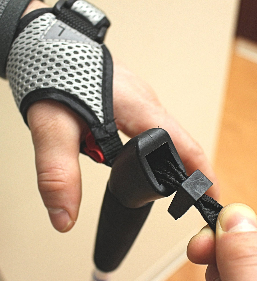 How to set up your poles wrist strap 2